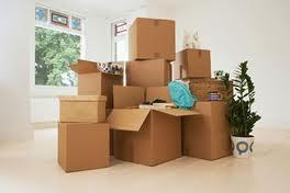 Tự chuyển hay thuê dịch vụ chuyển nhà trọn gói