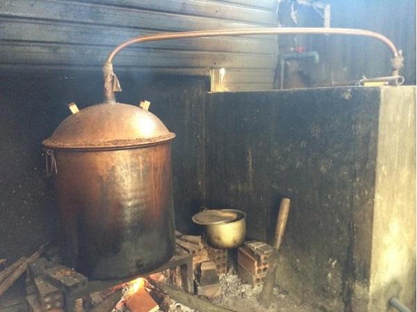 Ưu điểm của nồi nấu rượu bằng điện UHC so với nồi truyền thống